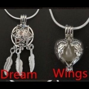 Jewelry - Dream and Wings Pearl Necklace